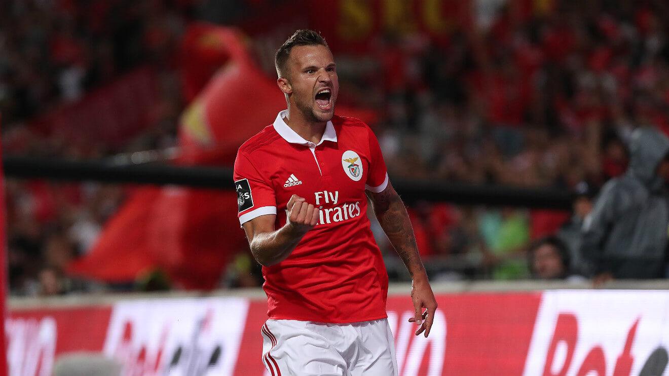 Buy-SL-Benfica-Football-Tickets-FootballTicketNet