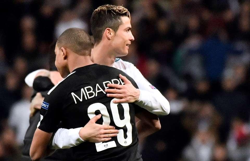 Kylian Mbappe și Cristiano Ronaldo