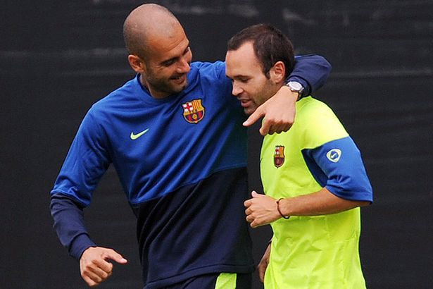 Pep Guardiola și Andres Iniesta