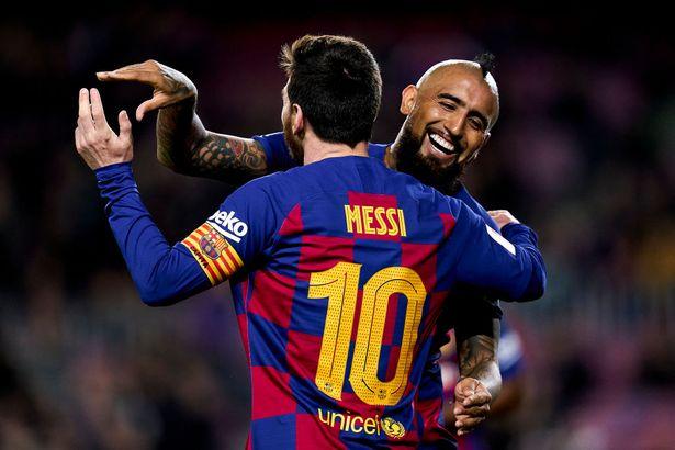 Lionel Messi și Arturo Vidal. Sursă foto: goal.com