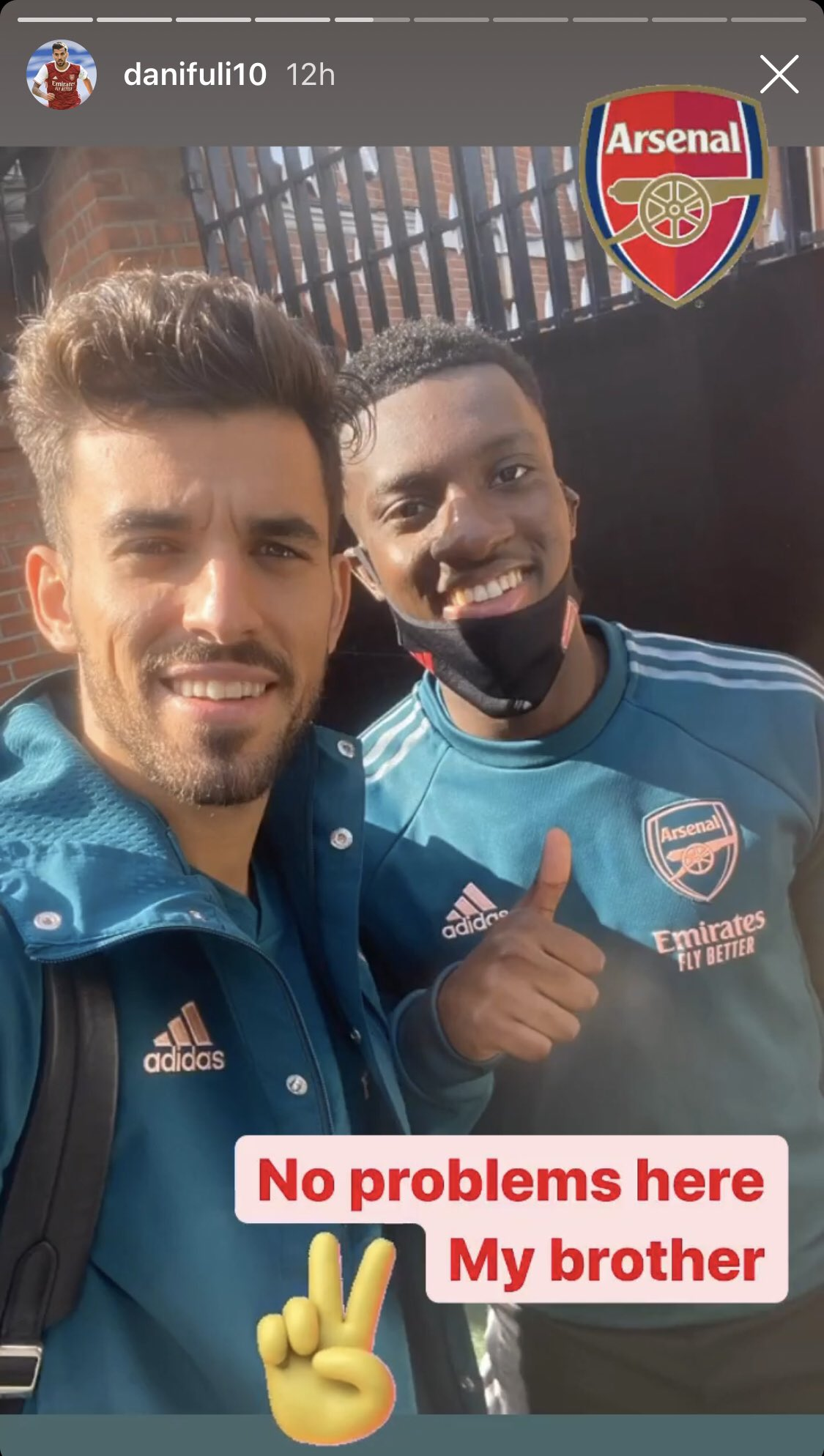 Fotografia postată de Ceballos după meciul cu Fulham. Sursă foto: Instagram