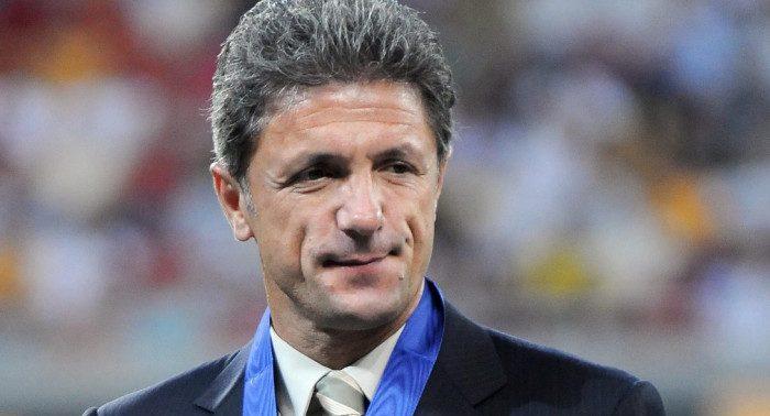 Gică Popescu cere atitudine din parte jucătorilor de la FCSB. Sursă foto: goal.com