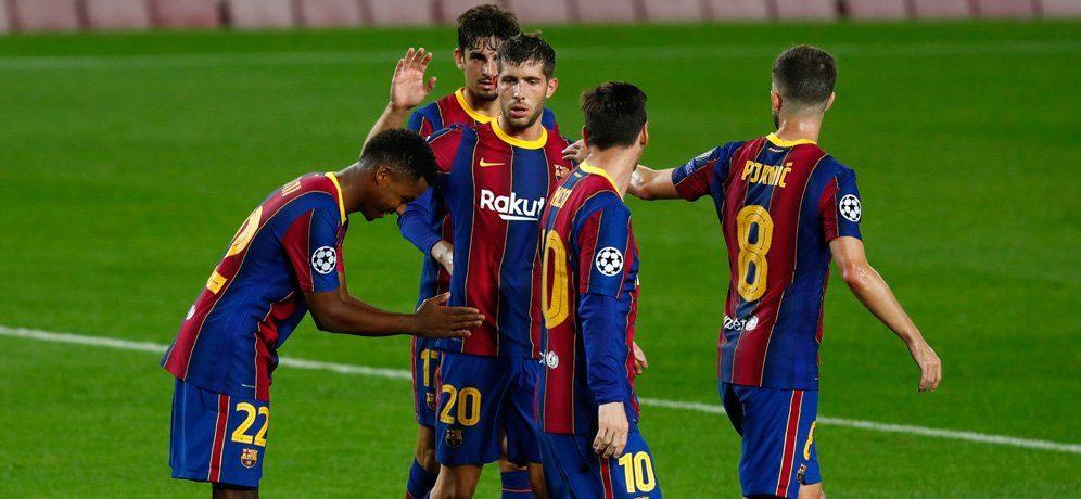 Barcelona anunță prelungirea contractelor a 4 titulari. Sursă foto: goal.com