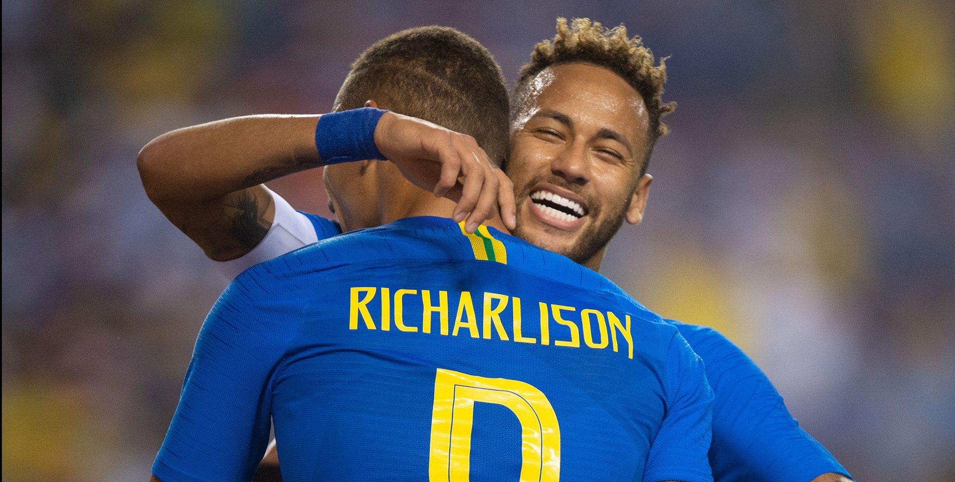 Din vina lui Neymar, Richarlison a primit 10.000 de telefoane în 5 minute. Sursă foto: goal.com