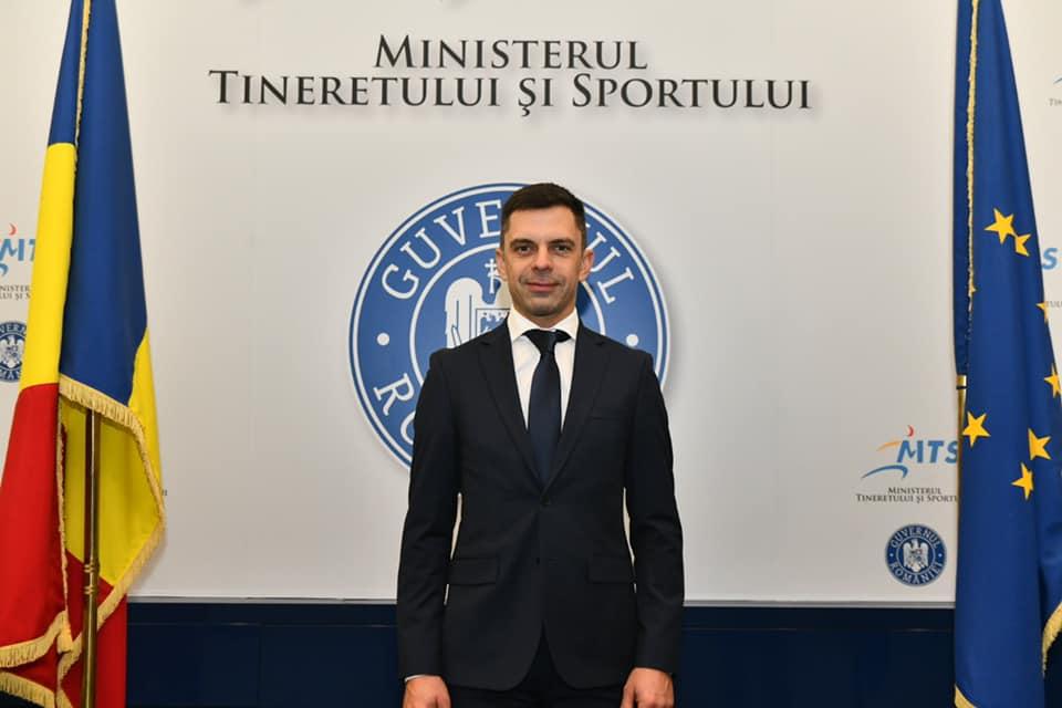 "Ministrul Eduard Novak: ""FCSB e Steaua!"". Sursă foto: gsp.ro"