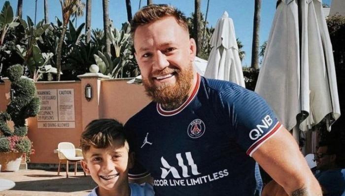 """Conor McGregor, ironic la adresa lui Messi: """"În 2 luni, fac cât el într-un an!"""" Sursă foto: goal.com"""
